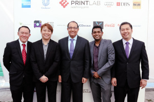 Print Lab management and Minister S Iswaran after the Grand Launch.