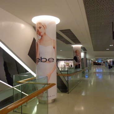 Large Format Outdoor Media : Bebe