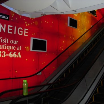 Large Format Outdoor Media : JC Decaux